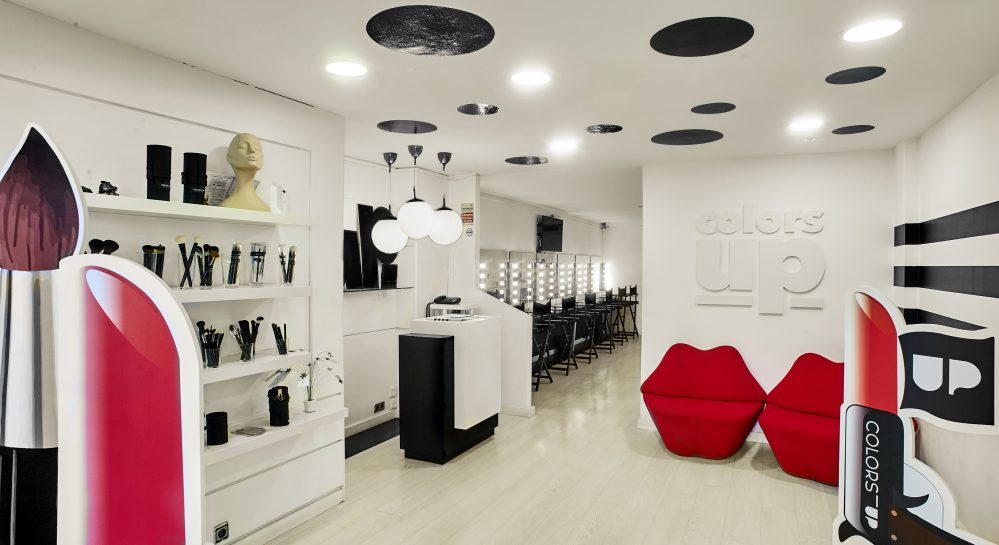 Best make up school in Barcelona